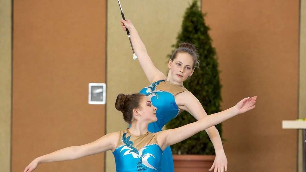 Jennifer Markvart und Arina Haas